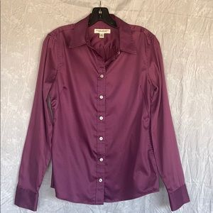 Banana Republic non-iron fitted shirt.  Size 6
